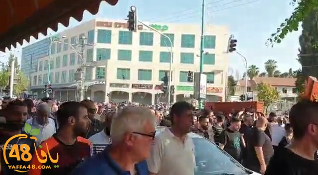 بالفيديو: تشييع جثمان جابي سهواني ضحية اطلاق النار في الرملة